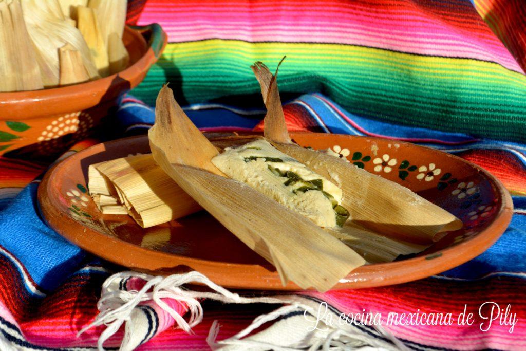 tamales-de-requeson-y-mantequilla